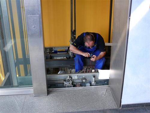 liftmonteur storing en onderhoud